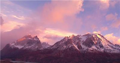 雪山云雾中国名胜风景标志性景点高清视频素材