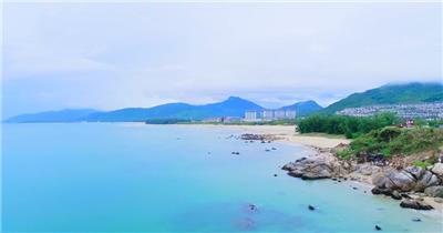 实拍海南三亚海边美丽的风景视频