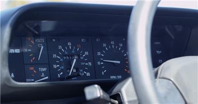 汽车里程仪表盘车速表定镜变焦高清视频实拍