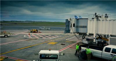 忙碌的机场工作素材  LoganAirport 视频素材下载