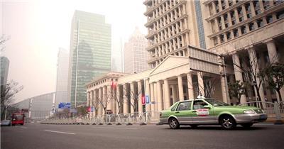 高楼建筑城市清晨景色街道汽车行驶大气建筑高清视频实拍
