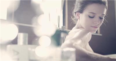 时尚美女模特服装实拍视频素材