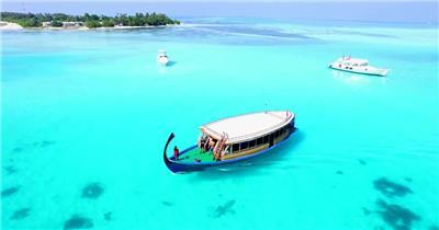 马尔代夫碧海蓝天小岛沙滩唯美风光 居民游客游玩高清航拍