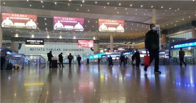 武汉疫情火车站实拍视频