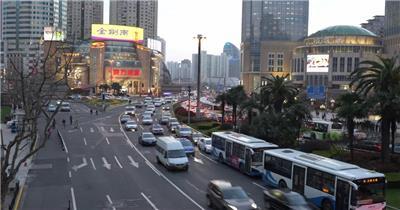 实拍城市街头车流车水马龙视频延时
