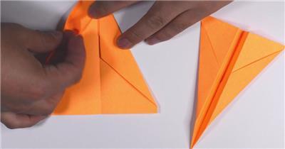 彩色四方纸轻松折叠飞机小船教程人物折纸记录镜头高清视频拍摄1