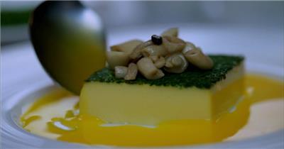 饭店酒楼吃饭聚餐美食火锅高清视频素材餐饮厨师食物厨房美食实拍