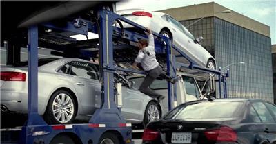 [1080P]Audi Q5搞笑广告抢车篇 欧美高清广告视频