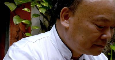 饭店酒楼吃饭聚餐美食火锅高清视频素材餐饮厨师食物厨房手撕鸡