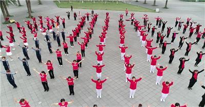广场舞大妈舞蹈跳舞鸟瞰4k高清视频素材航拍